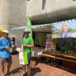 Die Grünen Brugg haben Wahlwerbung auf dem Neumartkplatz gemacht. Sympathisch, autenthisch und unaufdringlich.